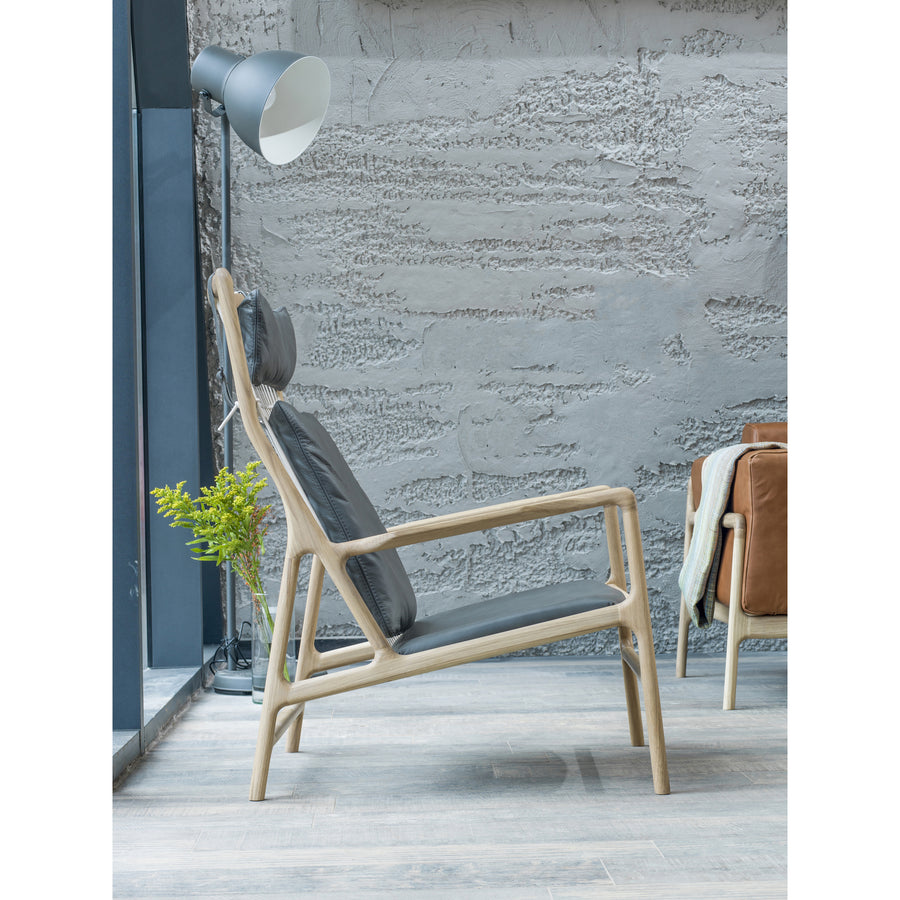 Gazzda Dedo Lounge Chair in solid Oak 3