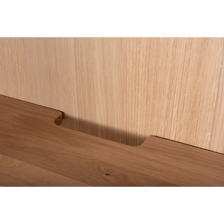 Gazzda Fina Storage Cabinet 118 with Door in solid Oak, detail 3