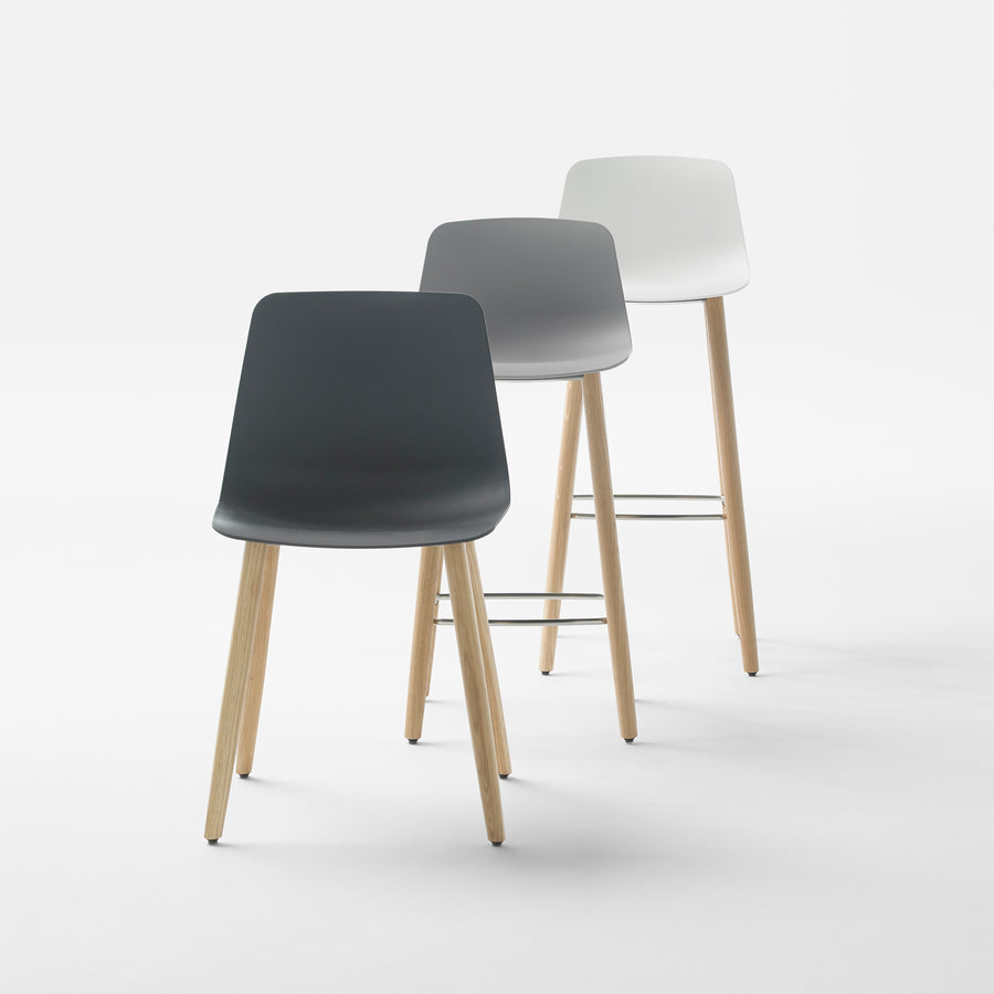 Varya Wooden Legs Chair