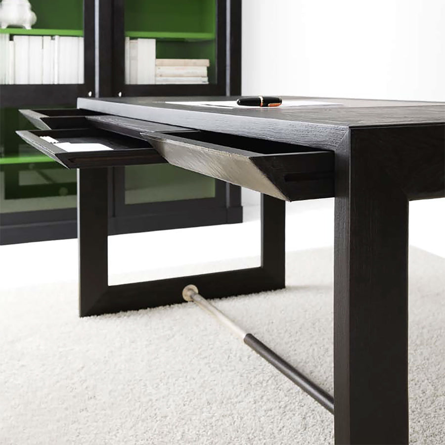 Lando Desk L583, drawer detail - made in Italy