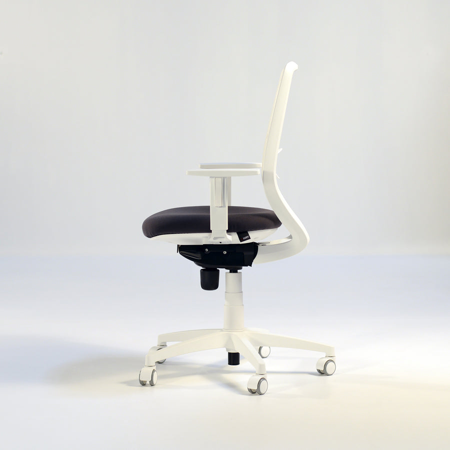 Post Task Armchair