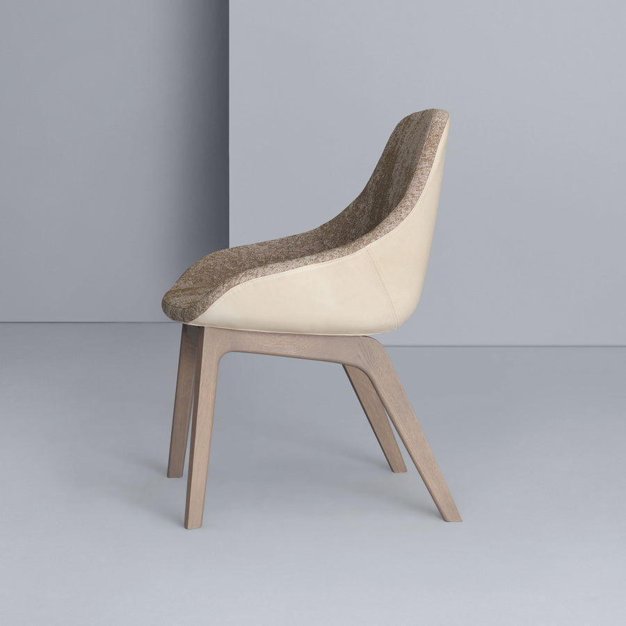 Zeitraum Morph Dining Chair, stained Oak, profile