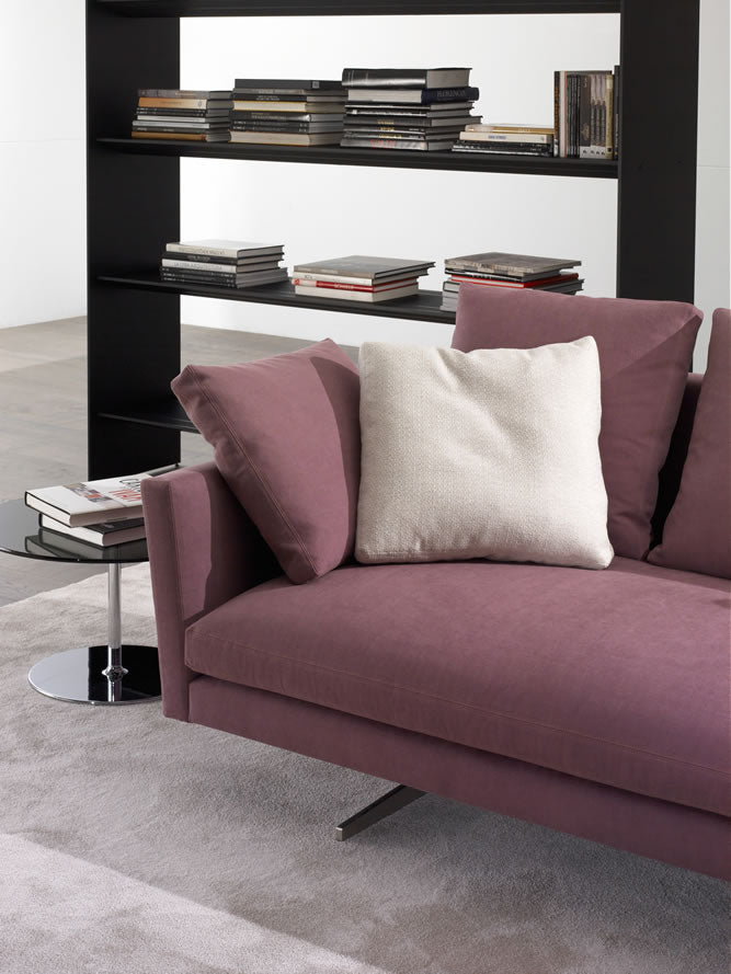 Casadesus Menfis Sofa, ambient 3 - made in Spain - Spencer Interiors