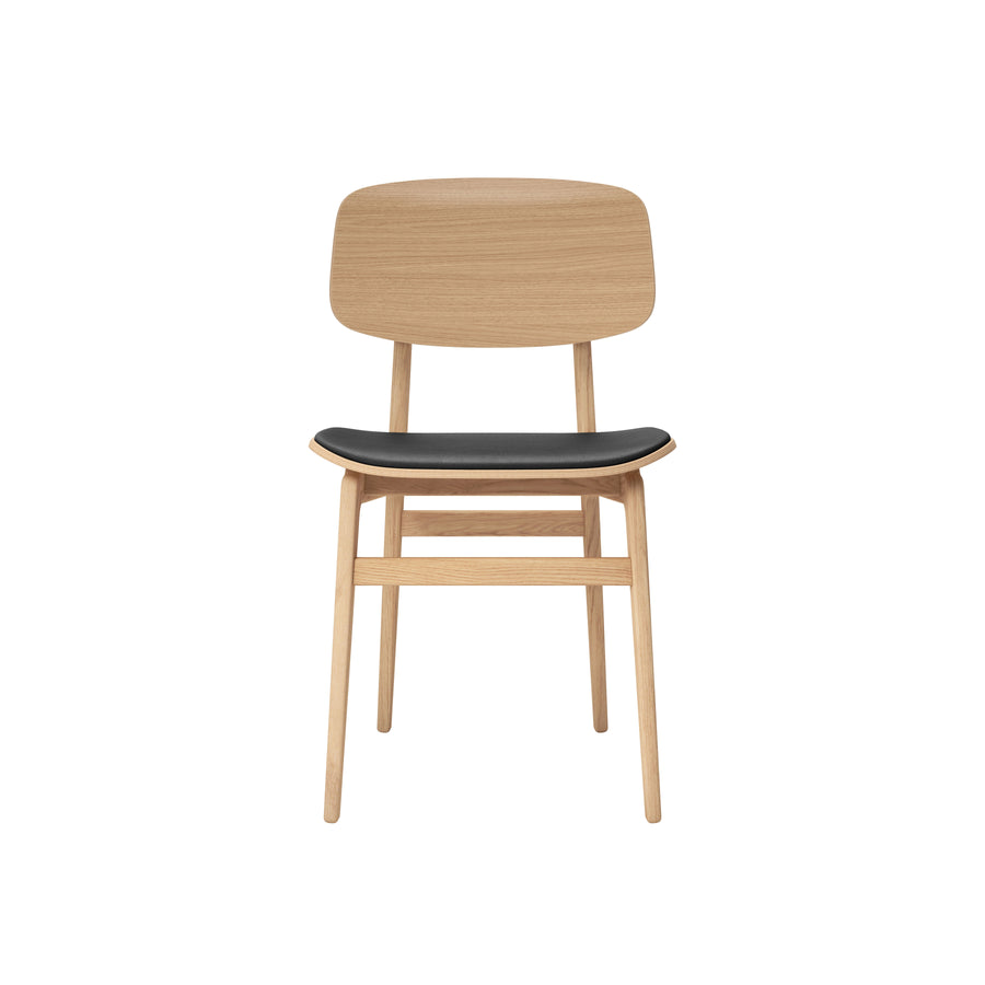 Norr11 Denmark, NY11 Dining Chair, Natural Oak, Black leather, front | Spencer Interiors