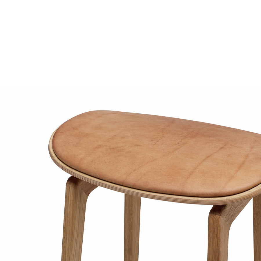 Norr11 NY11 Stool in Smoked Oak, seat detail | Spencer Interiors