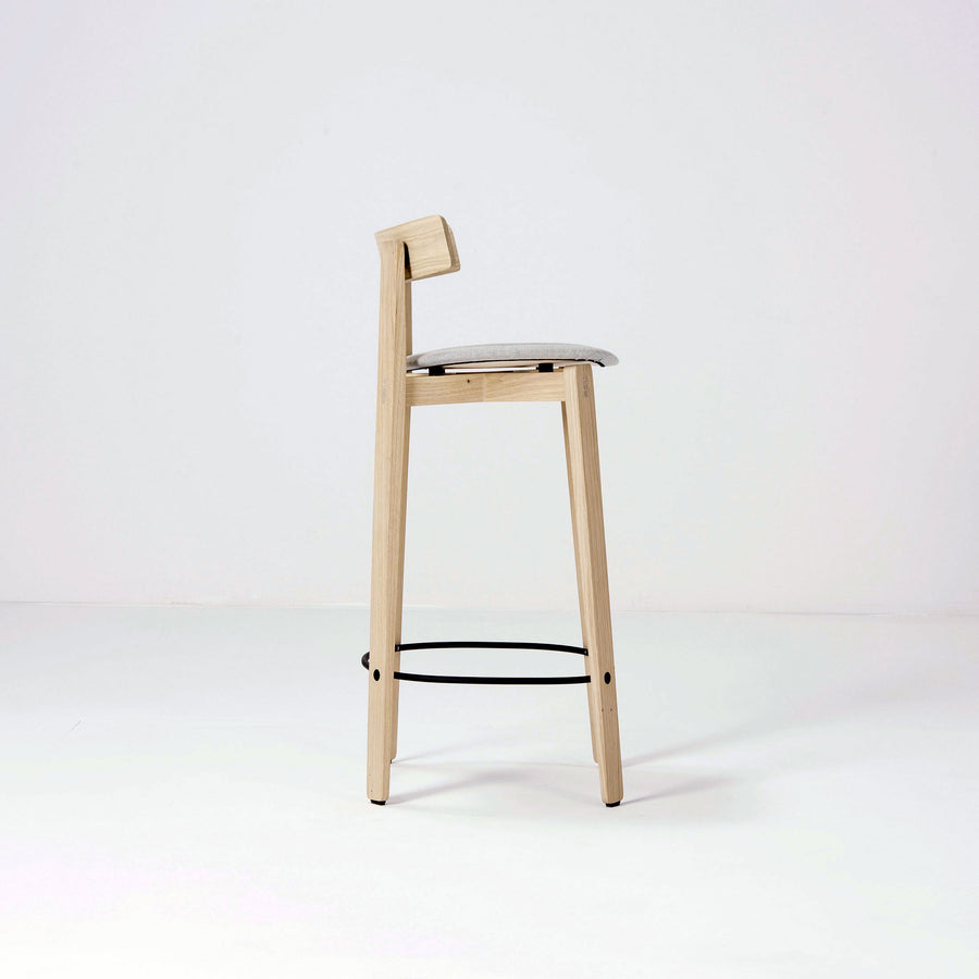 Gazzda Nora Backrest Counter Stool in solid Oak, profile