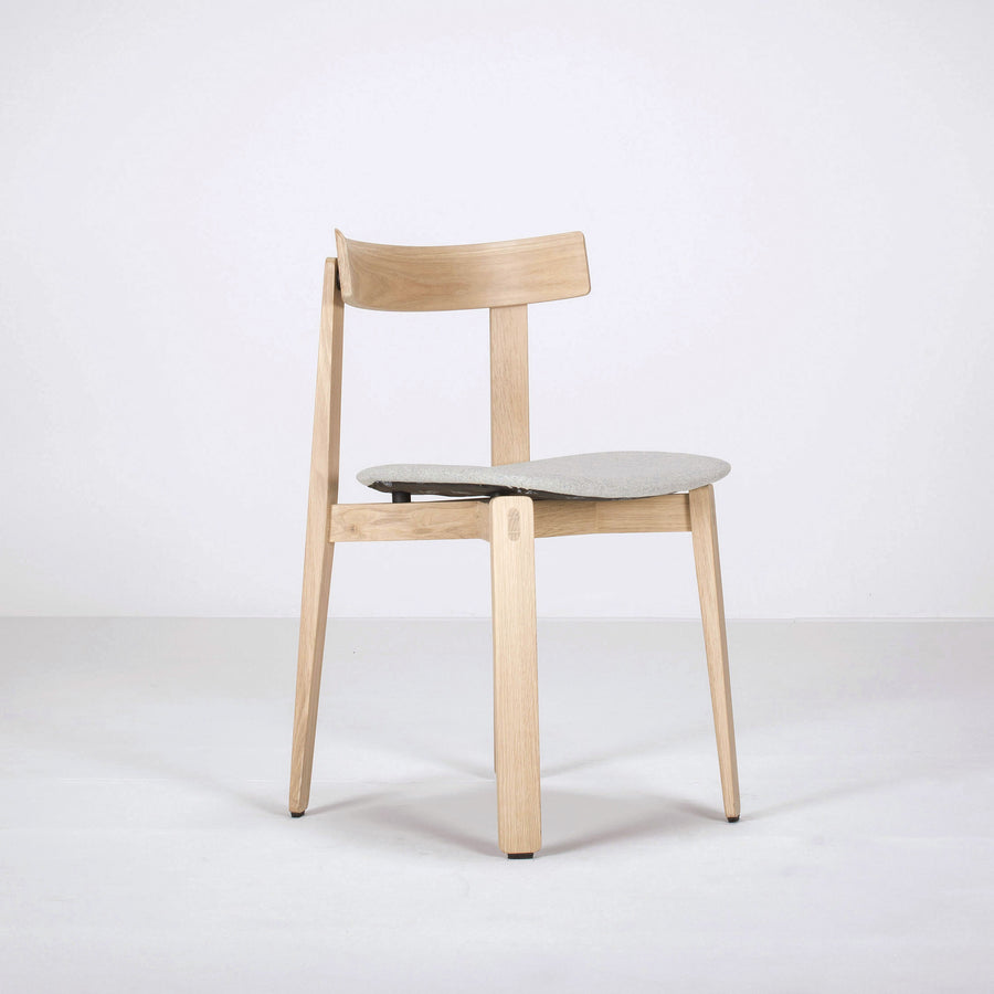 Gazzda Nora Chair in solid Oak, front turned