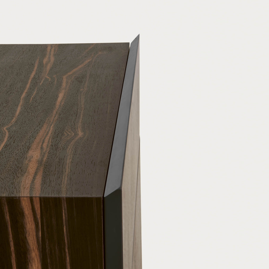 Pianca Tosca Nightstand, drawer edge detail, made in Italy | Spencer Interiors