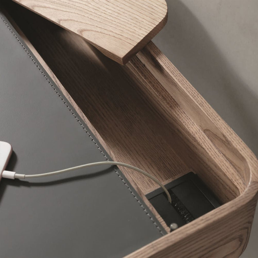 Porada Dafto Desk with Cuoietto leather Top, detail