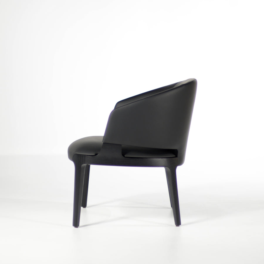 Potocco Velis Lounge Armchair 942/PLA, profile | © Spencer Interiors