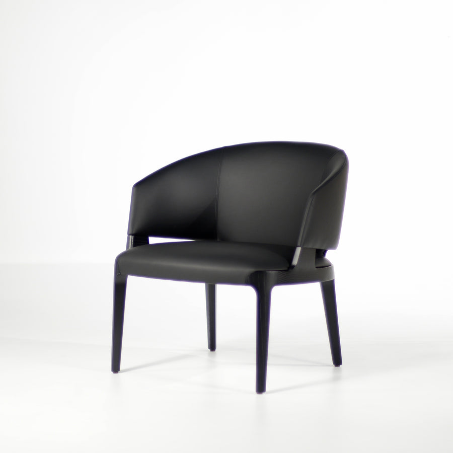 Potocco Velis Lounge Armchair 942/PLA, turned front  | © Spencer Interiors