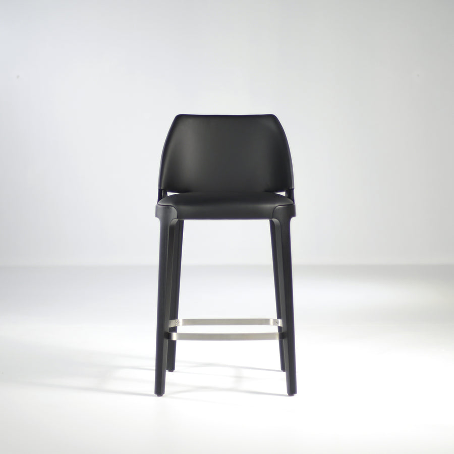 Potocco Velis Counter Stool in Carbon Stained Ash, front  | © Spencer Interiors