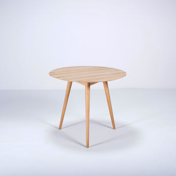 Gazzda Stafa Round Table in Solid Oak