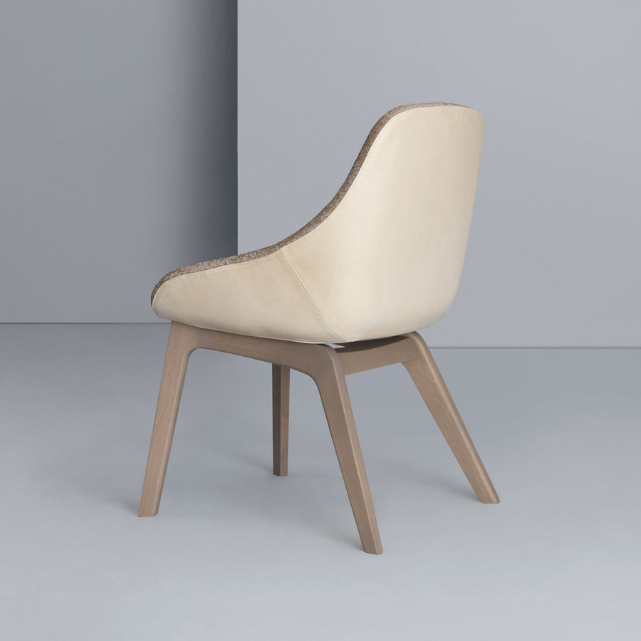 Zeitraum Morph Dining Chair, stained Oak, back turned