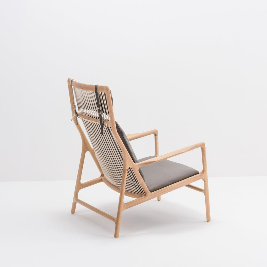 Gazzda Dedo Lounge Chair in solid Oak 10