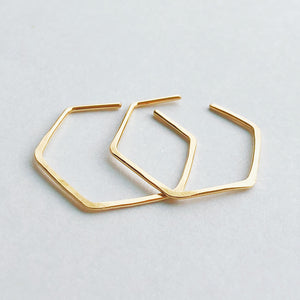 14kt gold filled hammered hexagonal hoop earrings