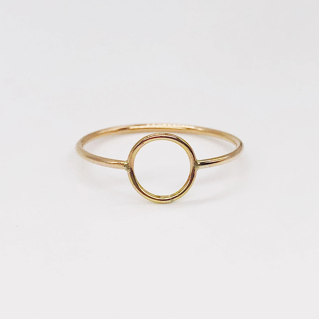 Perfect Circle Ring | 14kt Gold Filled Round