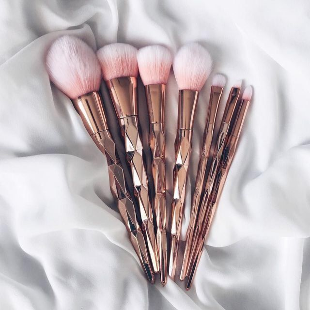 'Calm Radiance' Brush Set
