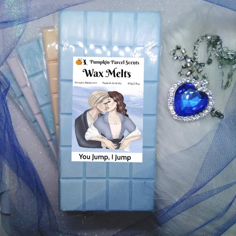Titanic Inspired Wax Melt Gift Box + Necklace