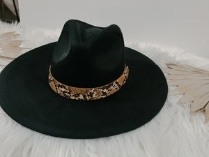 Black Nomad Hat