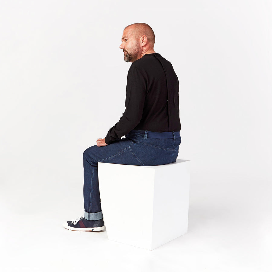 Seated Jean