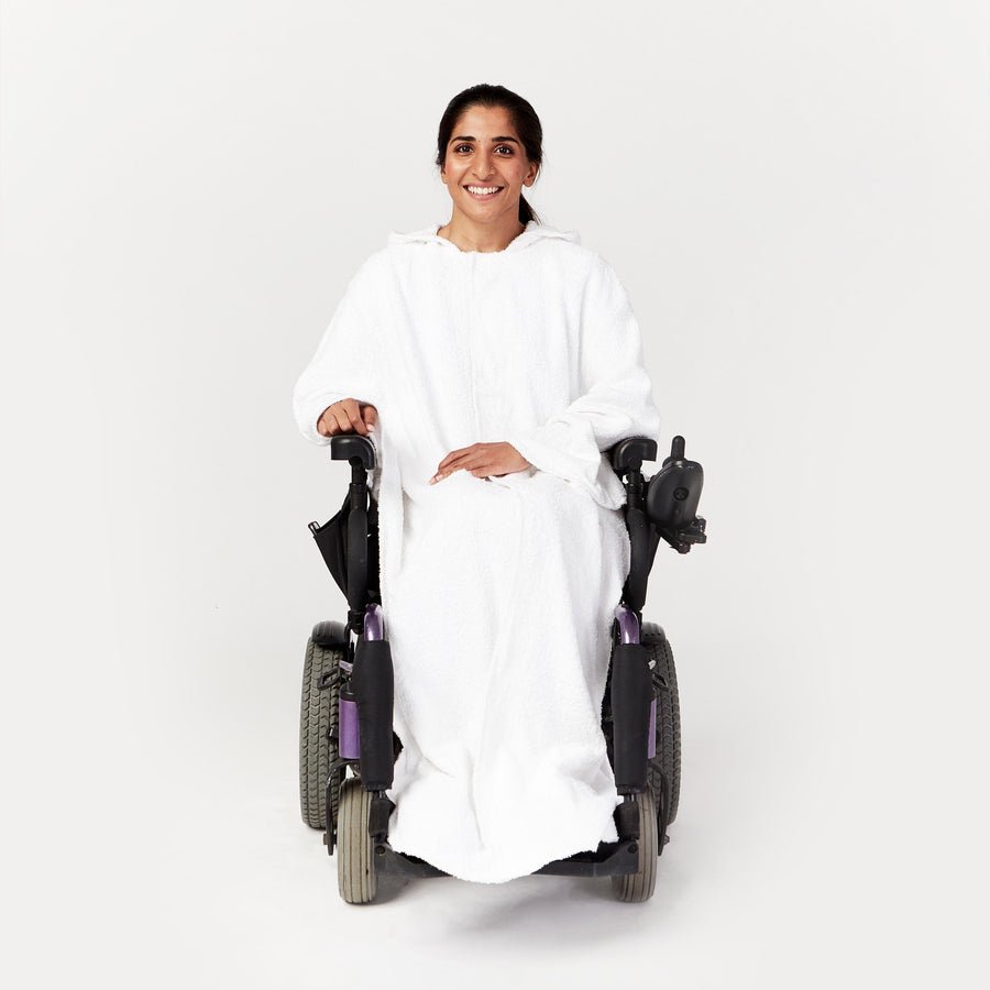 Seated Bath Cape