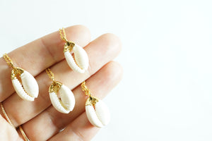 Gold-Dipped Layering Cowrie Necklace