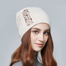Women's Winter Knitted Wool Warm Fashion Rhinestones Beanies Skull Cap Hats
