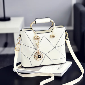 Women's Shoulder Messenger Top-Handle Crossbody Bag Small Tassel Tote Handbag Designer Bolsas