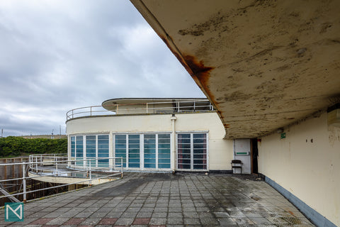View towards the rotunda from the east wing of Saltdean Lido