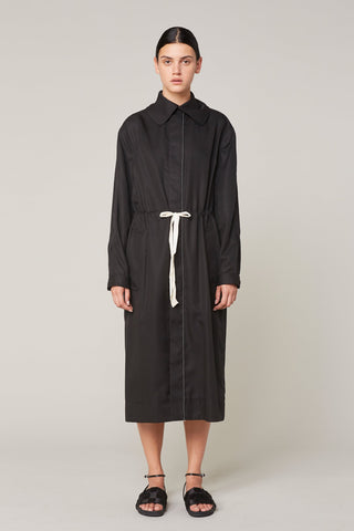 Lee Mathews | Jackie Drawcord Trench in Black