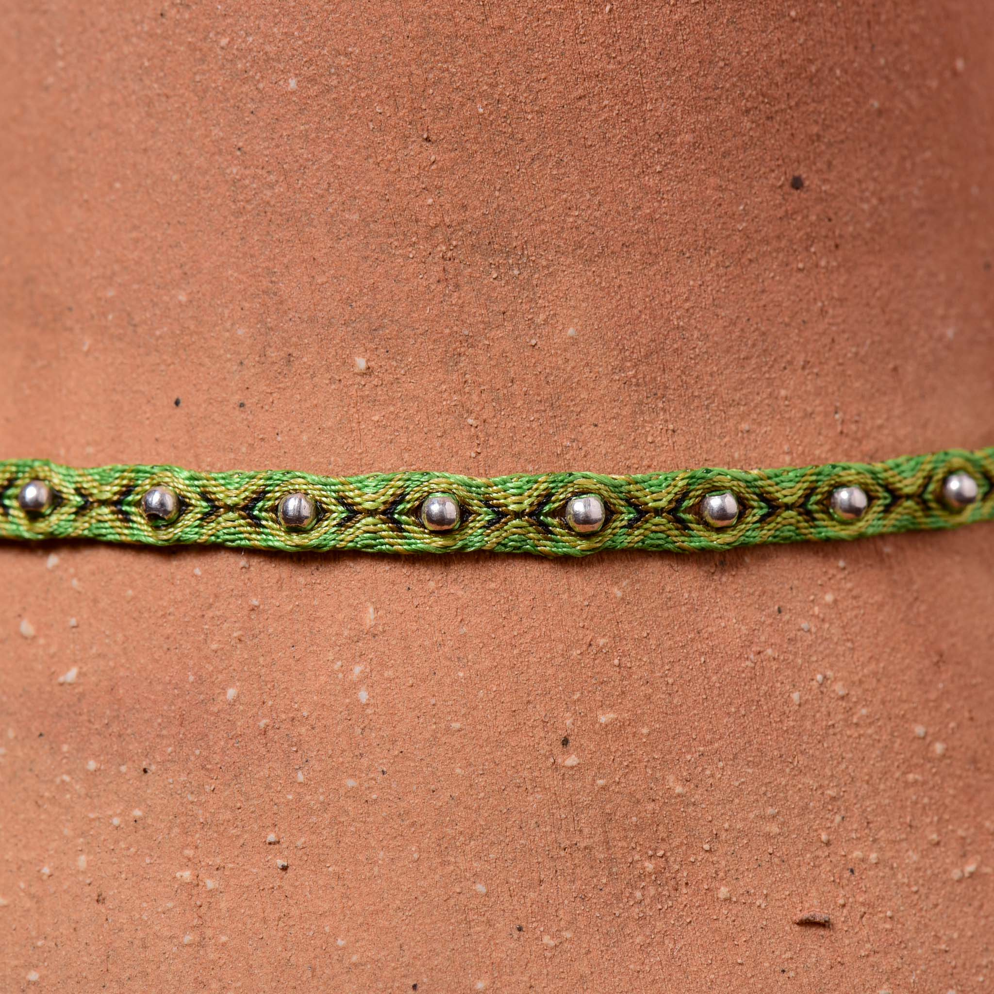 Mhuysca Makrame Thin Bracelate With Pins Green