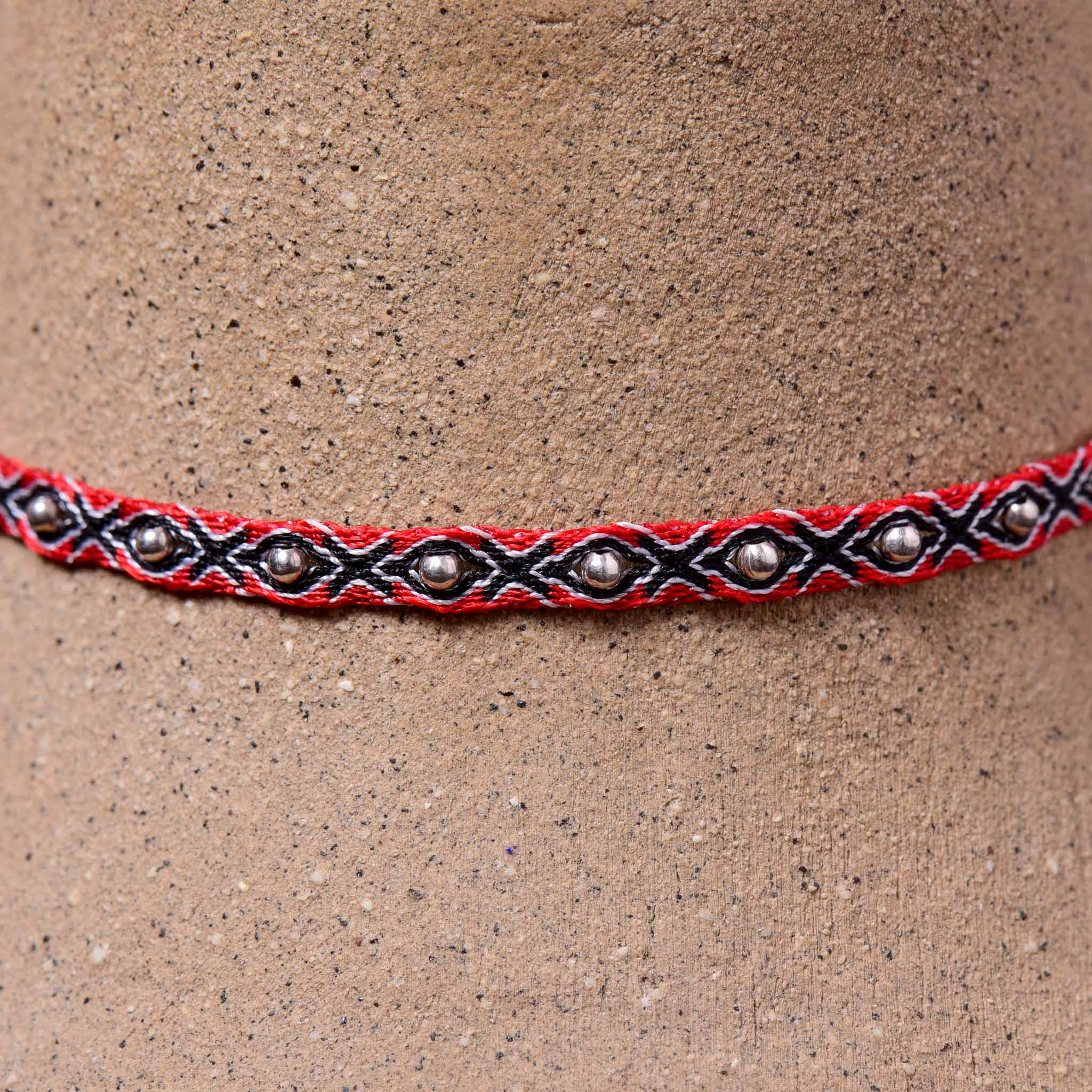 Mhuysca Makrame Thin Bracelate With Pins Red & Blue