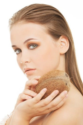 Benefits of Coconut Oil as a Makeup Remover