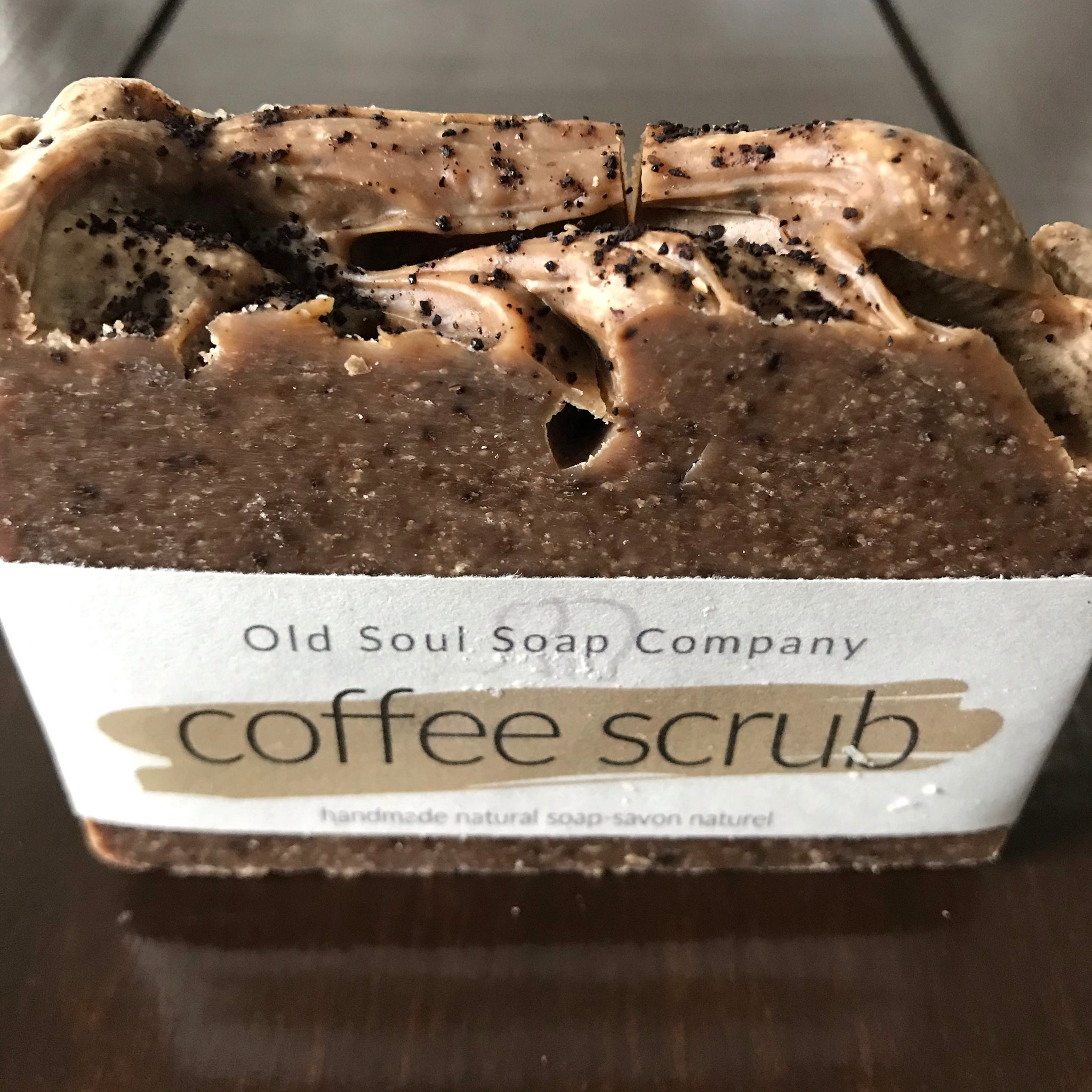 natural vegan coffee soap made in canada to gently exfoliate skin and remove odors from hands
