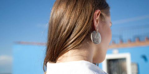 Isla Fontaine Klee marble earrings