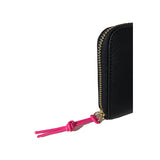 Zip-around Wallet in textured leather, Black