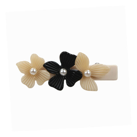 PEARL DE FLORA (DUCK HAIR CLIP, THREE FLOWERS, CREAM AND BLACK) - QKiddo.com