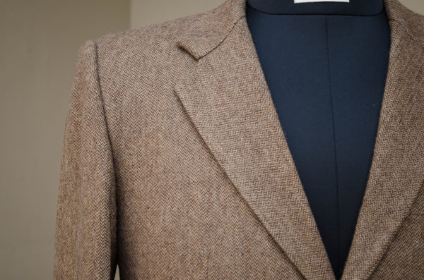 Brown Tweed Long Blazer-Collar detail
