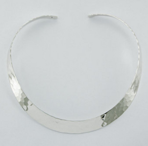 High Fashioned Hammered Choker