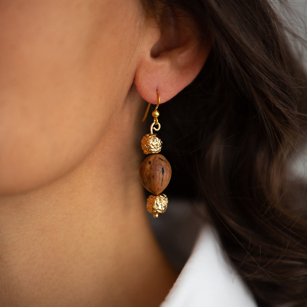 LUMIA RESORT WOOD BEADS EARRINGS II IN GOLD - Tohum Design