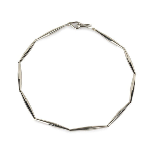 ARINNA NECKLACE IN SILVER