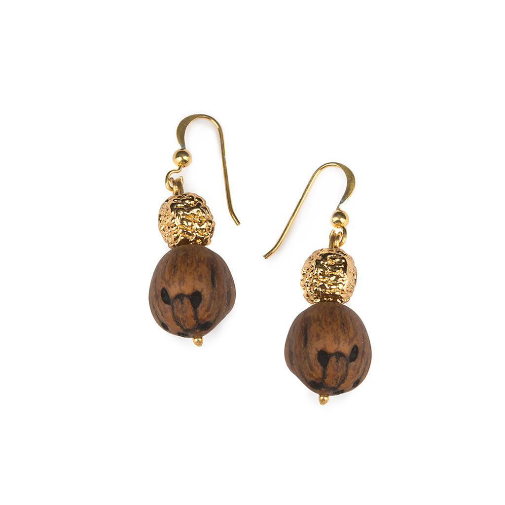 WOOD BEADS RESORT EARRINGS IN GOLD - Tohum Design