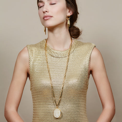 THEIA PENDANT NECKLACE IN GOLD