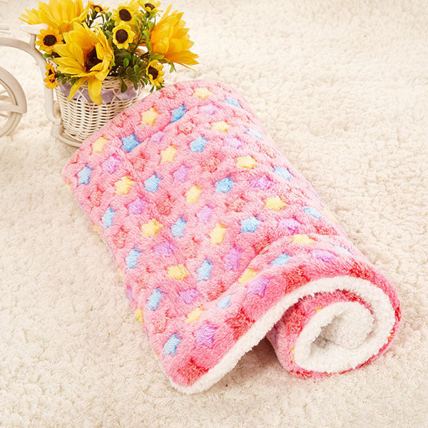 Pet Beds Soft Warm Cozy Washable Home Pets Dog Cat Mat Pads Blanket Kennel for Winter Thermal Pet Supplies for Small Dog
