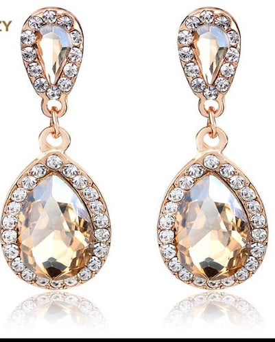 (Clara) Golden Diamante Earring