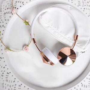 5 ways you can use Rose Gold as an Accessory!