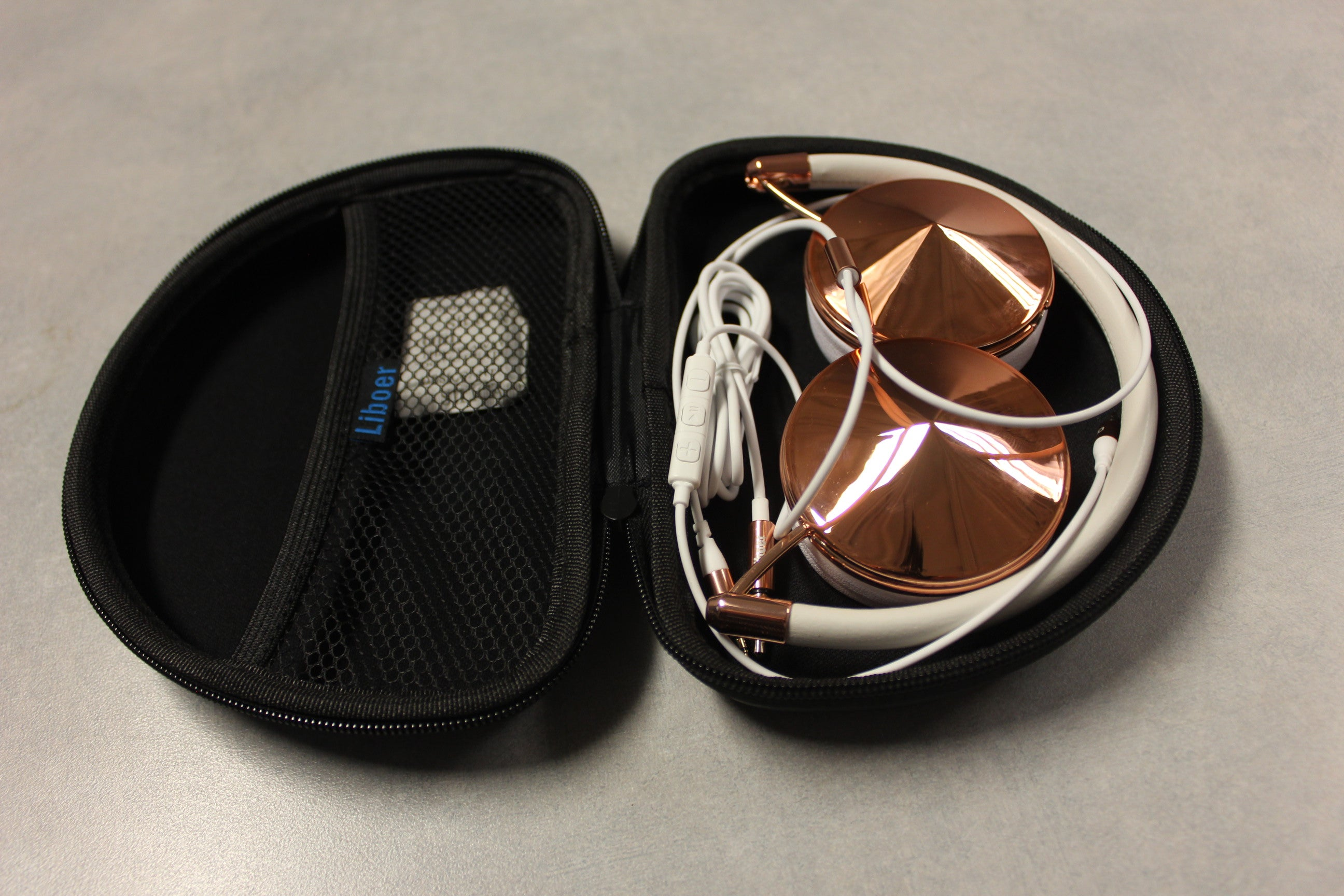 Cases Are Us Diamond Headphones packaging