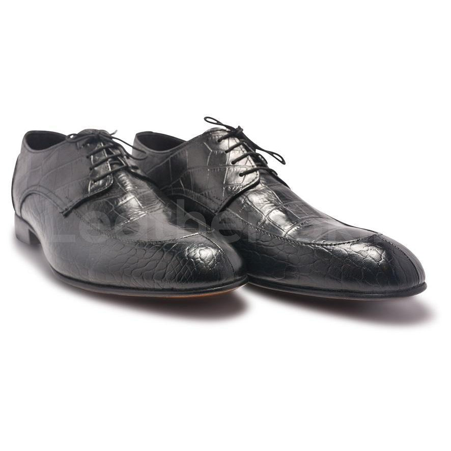 Crocodile Leather Shoes in Black Color