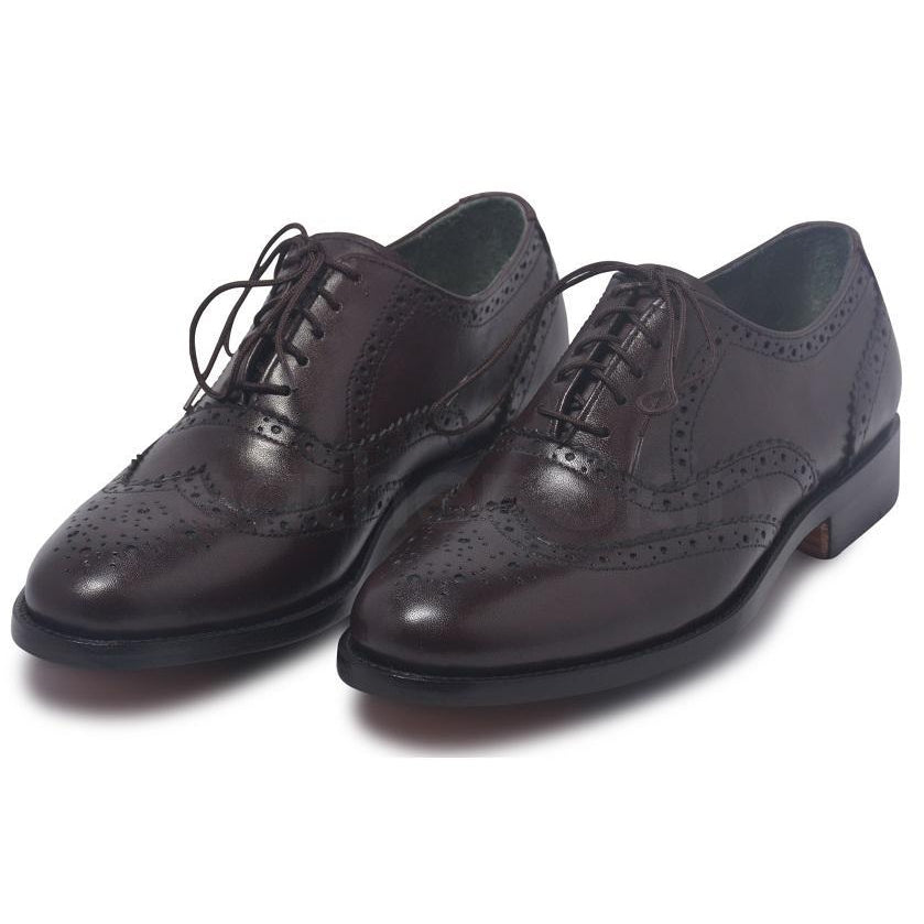 brown wingtip leather shoes